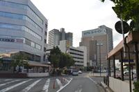1.盛岡駅から開運橋を見て右手になります。