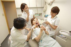 安藤歯科医院,スタッフ